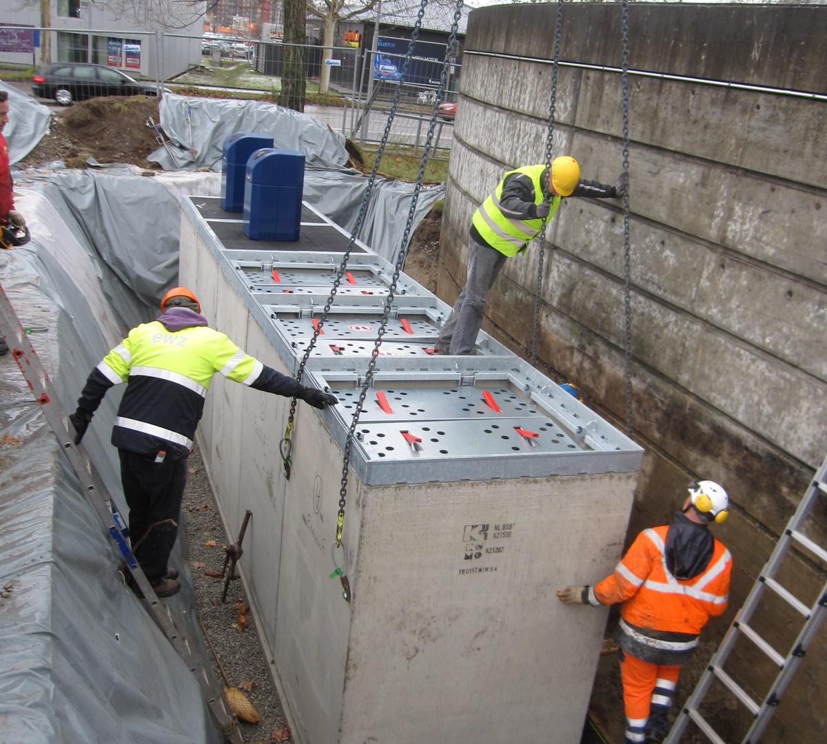 Einbau Unterflurcontainer; Entsorgung + Recycling Zürich
