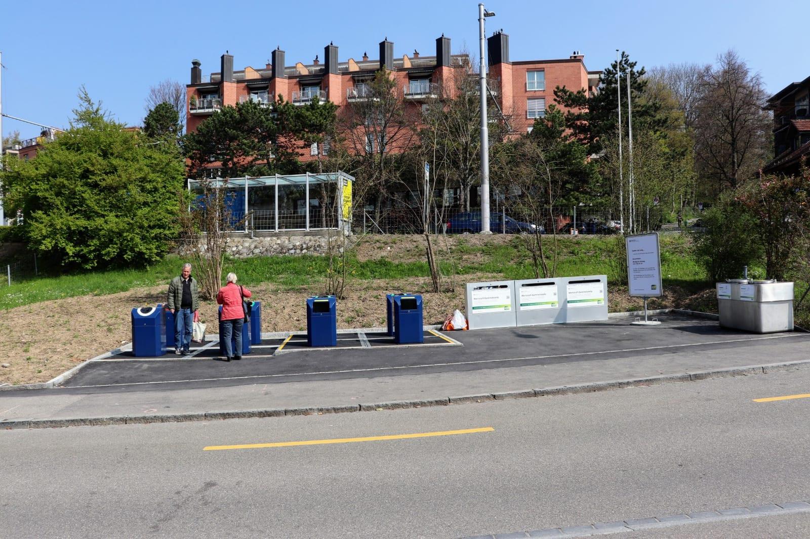 Unterflurcontainer in Betrieb; Entsorgung + Recycling Zürich
