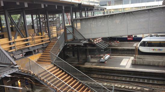 Passerelle Bahnhof Winterthur; Übergangskonstruktion
