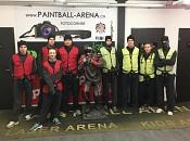 Lehrlinge in der Paintball Arena