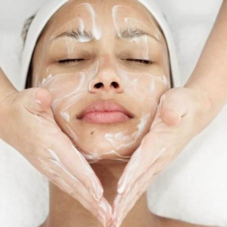 Trockene, spannende Haut im Winter? Mit der richtigen Behandlung kein Problem mehr!