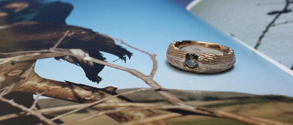 9ct Yellow Gold Cuttlefish Cast Diamond Ring