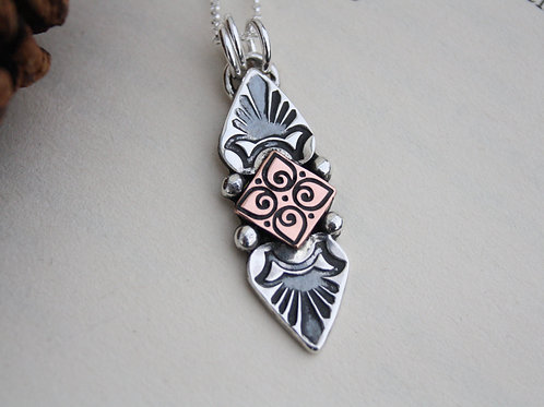 INNER TRUTH - NECKLACE