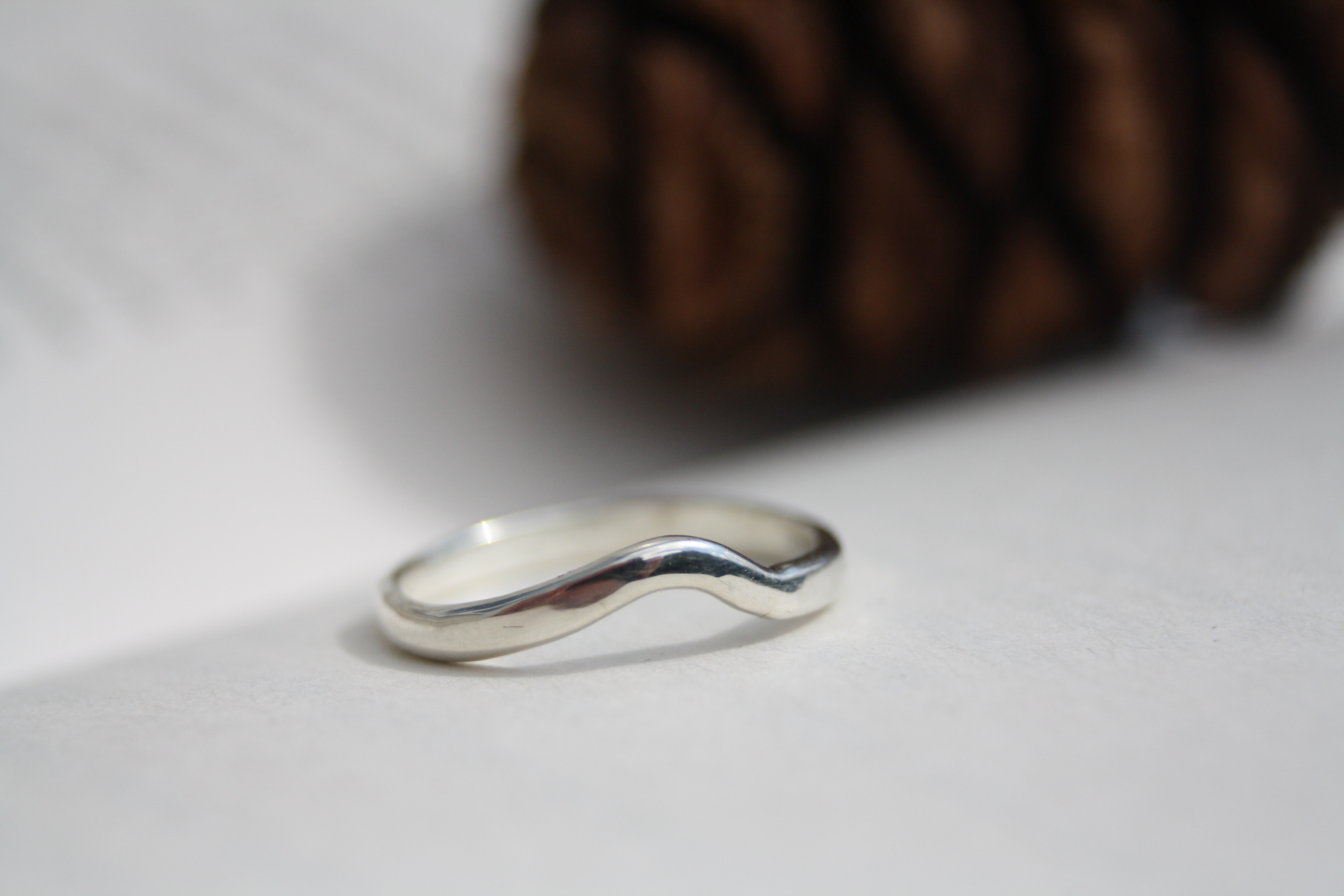 9ct White Gold Wedding Band