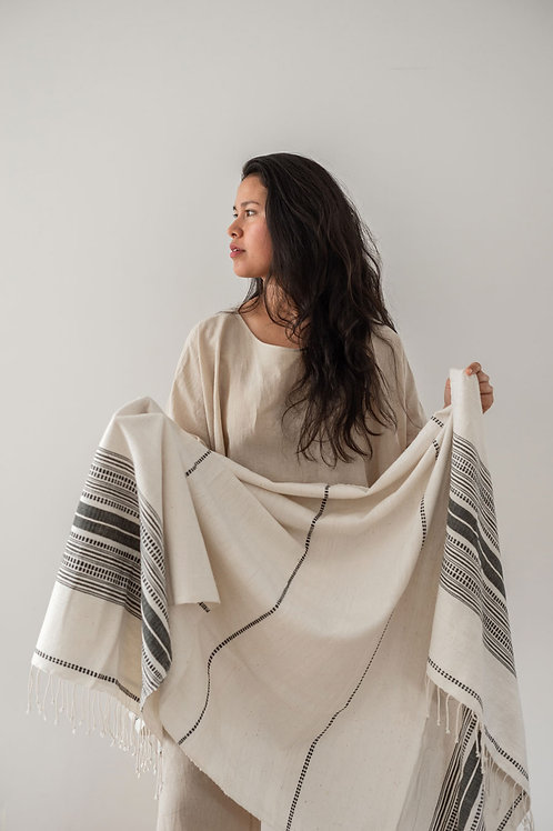 HAND LOOMED THROW - NATURAL/GREY