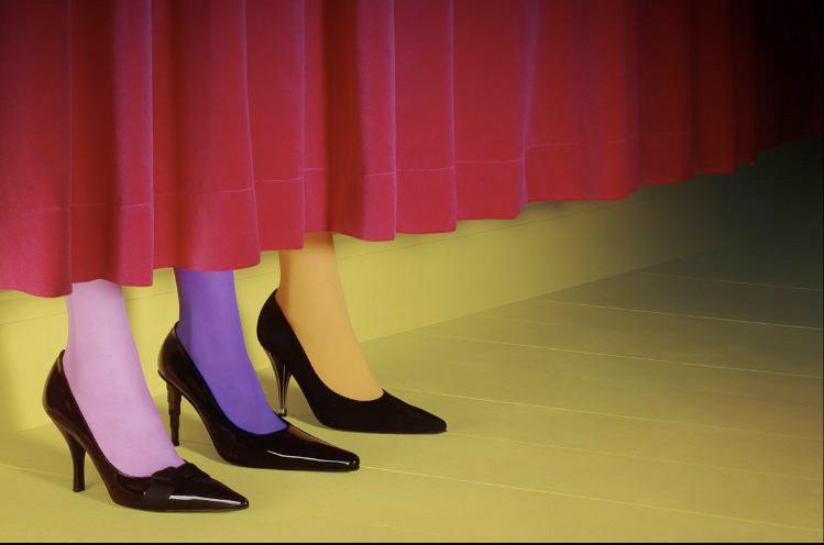 意大利版《服饰与美容》| 迈尔斯·奥尔德里奇 | 2002