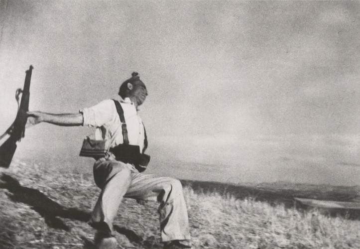 Death of a Loyalist Soldier | Robert Capa | 1936