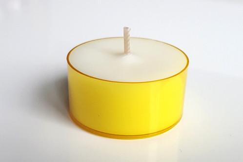 gelbe teelichter sojawachs 6h mixyourcandle i bio russfreie kerzen handmade in bern. Black Bedroom Furniture Sets. Home Design Ideas