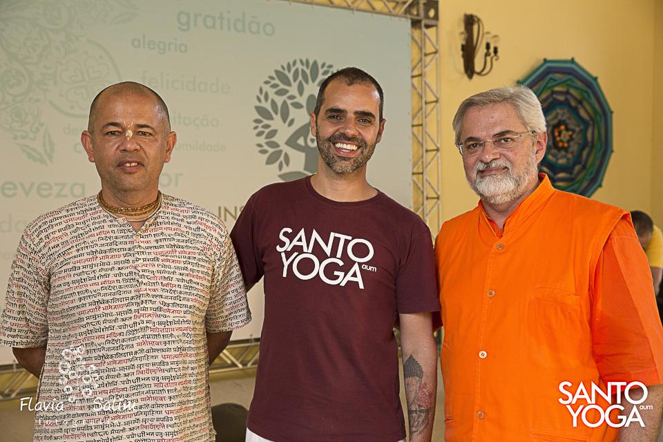 com Sri Govinda Das e Dr. Ruguê
