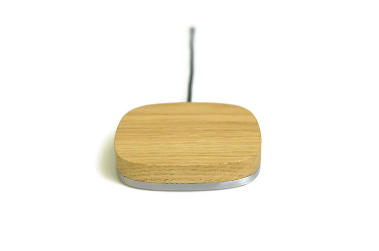 Pad.WS wireless charger Eiche 3.jpg