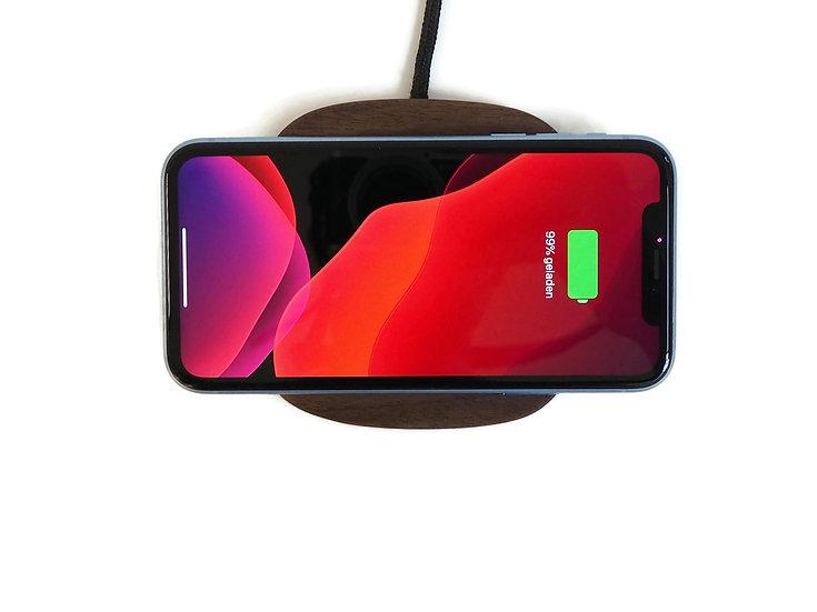 Pad. 2 - 7.5W / 10W wireless charger