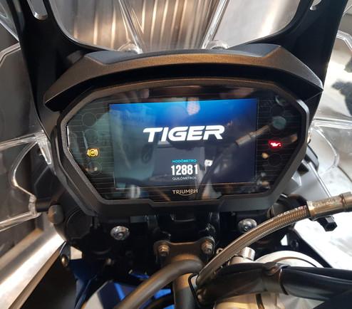Triumph-Tiger-800-km-12156-cod-b1911