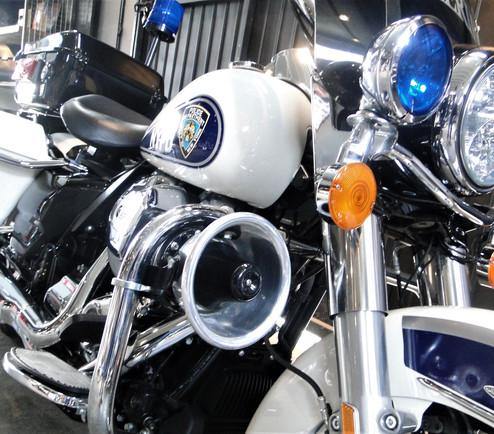 hd-road-king-police-km-1184-cod-b5g55-2.jpg