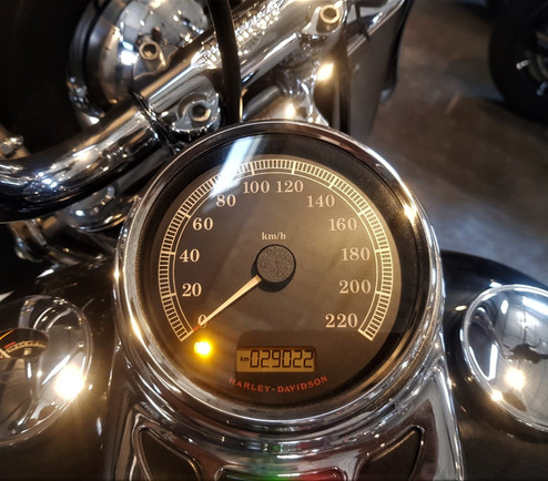 Harley-Davidson-Softail-Heritage-Classic