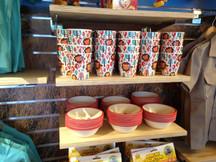 Kids Dinnerware Melbourne Zoo display.JP