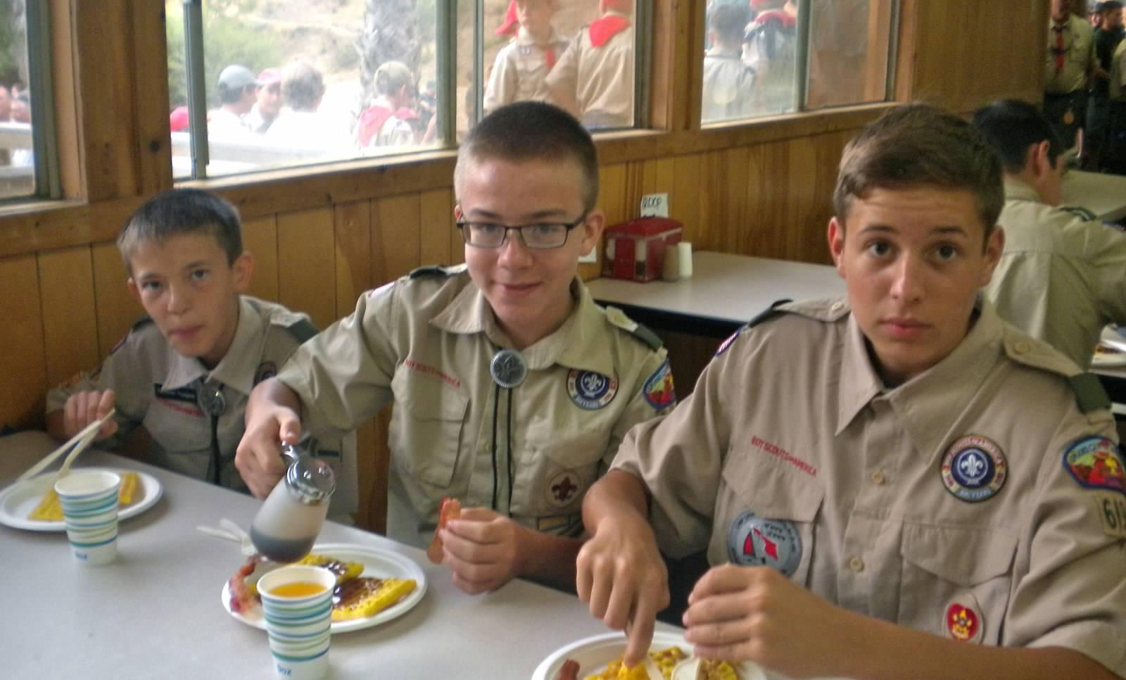 15 Breakfast Nathaniel Thompson Robert Grahmann Andrew Lwowski