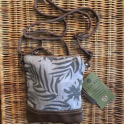 Leaf Pattern Passport Bag