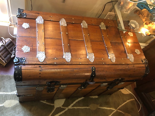 Trunk/ Treasure Chest