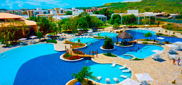 vista-aerea-piscina-Iloa-Resort-zarpo-ma