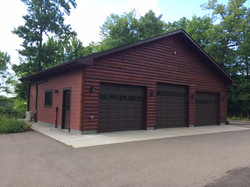 New construction, triple garage.