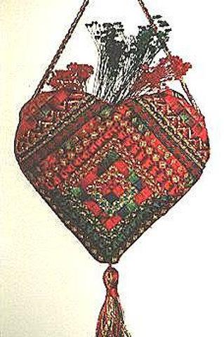 Christmas Log Cabin Heart Pocket | Northern Pine Designs