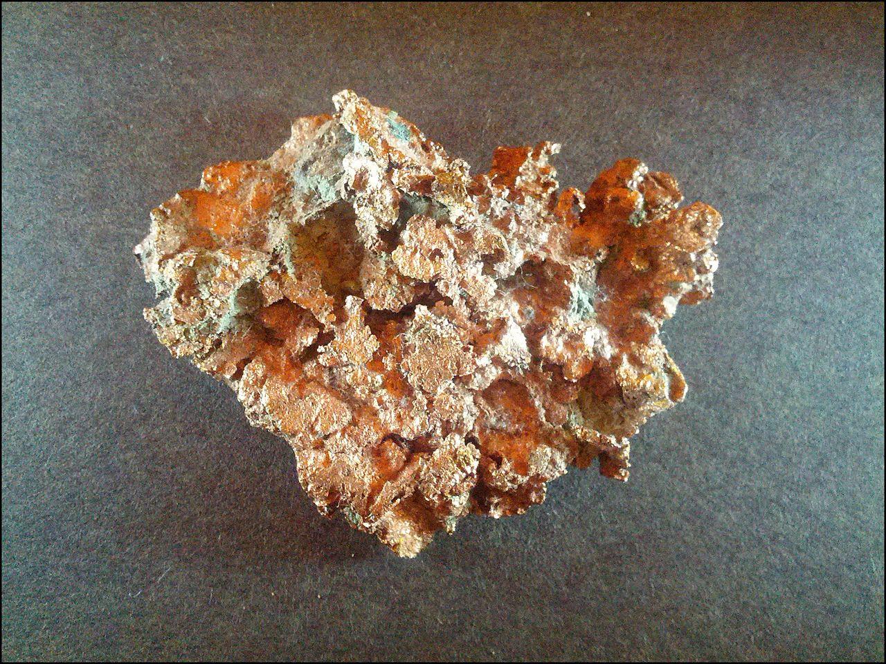 1280px-Native_Copper_from_the_Keweenaw_Peninsula_Michigan