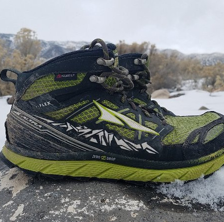 Altra Lone Peak Mid Trail Running Shoes