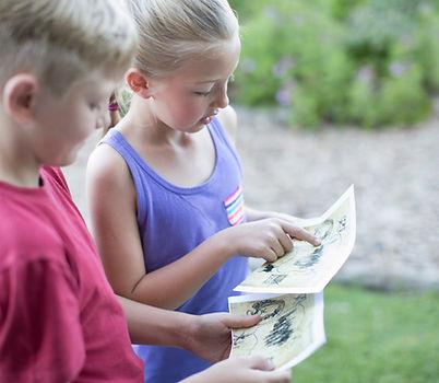 Crianças leitura de mapas