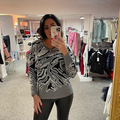 PASSIONI Grey Multi Sweater