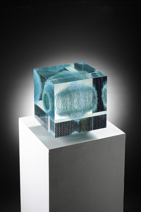 Wilfried Grootens Schwarm 1 2013 18x18x18 cm Optifloat, painted, glued, polished