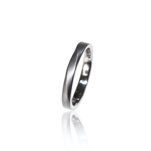 tantalum ring [parallel]