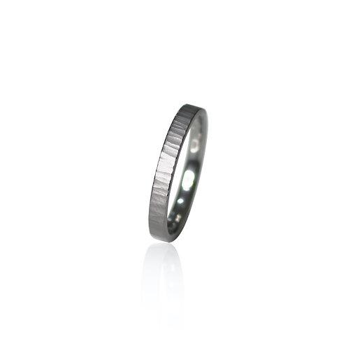 tantalum ring [aurora]