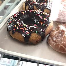 Regular Yeast Donuts
