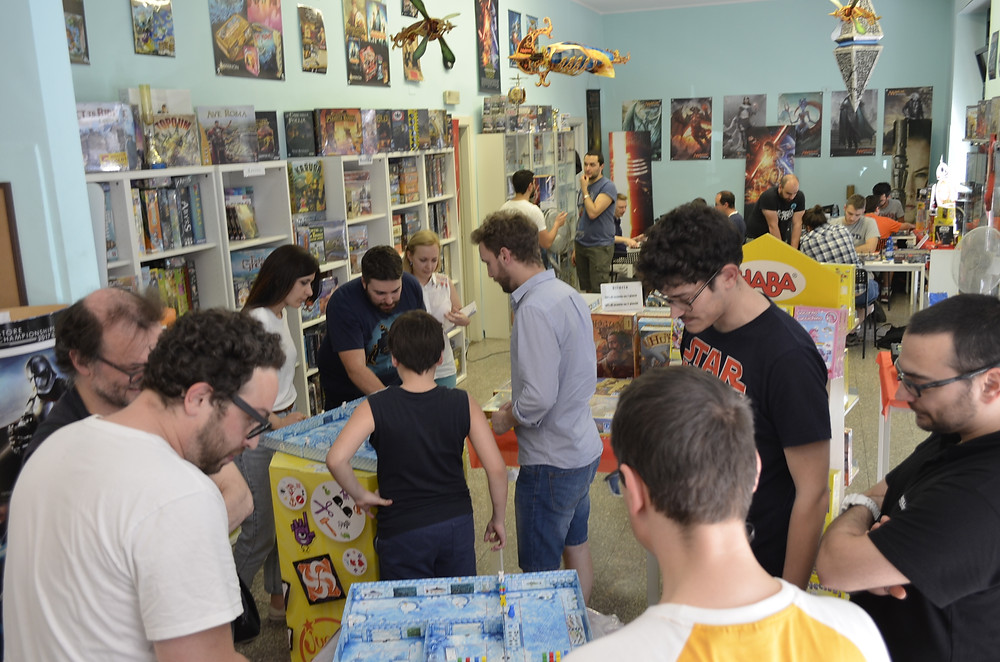 Ice Cool tournament at the board game store Excalibur Games in Milan, Italy