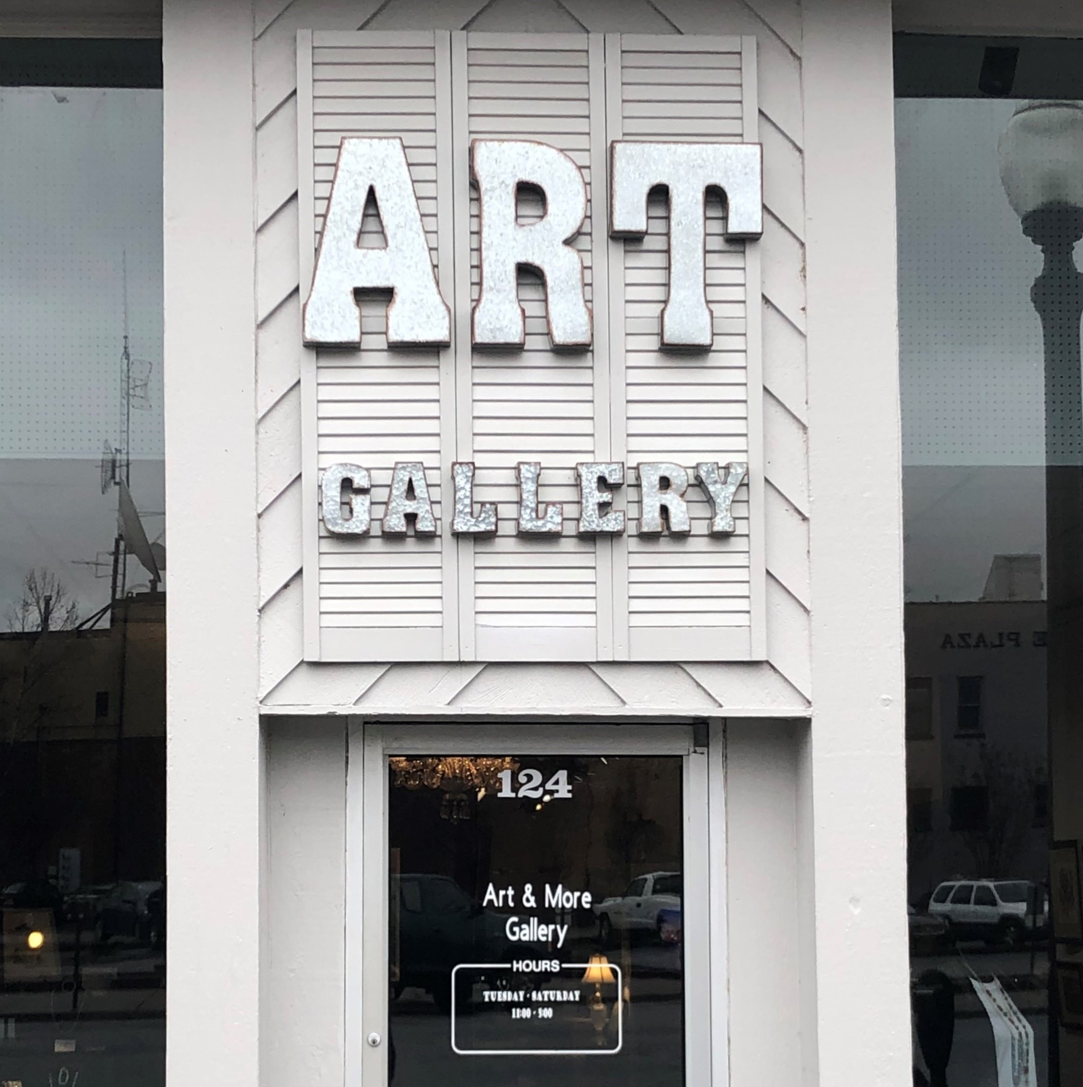 Art & More Gallery