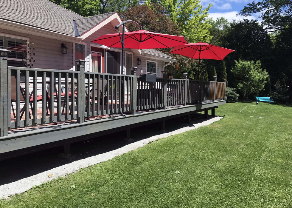 Beautiful Large Deck
