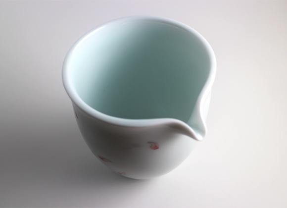 Hand painted Lotus Petal Fairness Cup   手繪蓮花瓣茶海