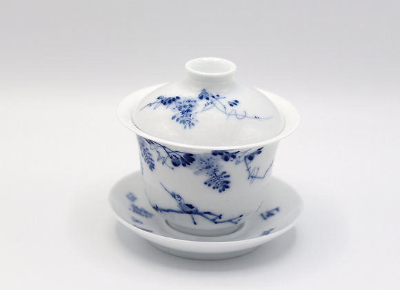 Blue and White Porcelain Gaiwan- Flowering vine/Bird