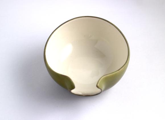 Olive Green Porcelein Tea Holder   茶荷(墨綠)