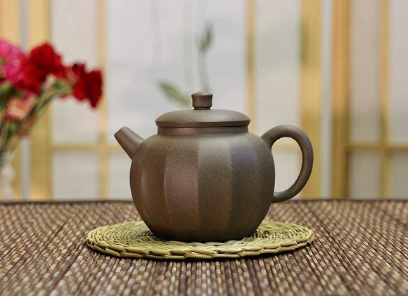 Yinxing Zisha Teapot 多楞壺
