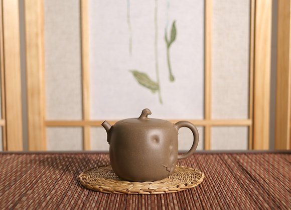 Yixing Zisha Teapot Old trunk 青灰泥壺