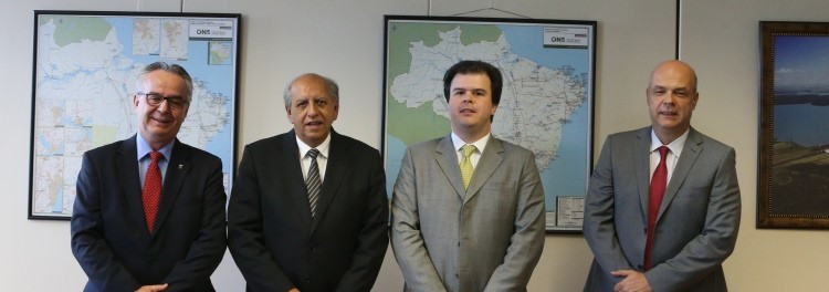 DA E/D: Victor Bicca diretor-geral do DNPM) Vicente Lôbo (secretário da SGM/MME) Fernando Coelho (ministro/MME) e Eduardo Ledsham (diretor-presidente da CPRM)