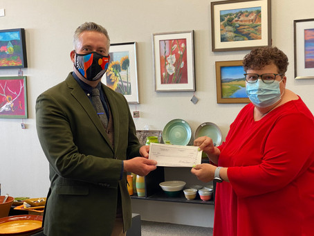 Gallery ABQ Makes Donation to NMBPS