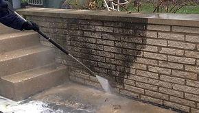Pressure-washing-brick-wall-in-Milwaukee