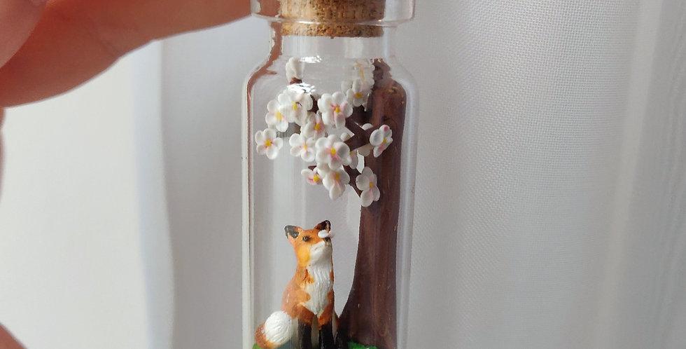 Fox under a appletree / Bottleart