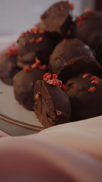 Expert Nutritionist Kay Ali Chocoalte Truffle Recipe