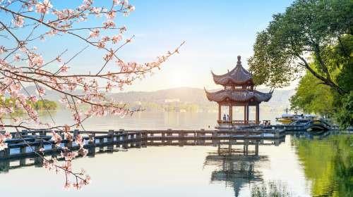 Hangzhou the West Lake Cruising