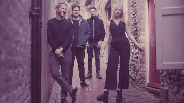 """""""We all adore the emotion and escapism shoegaze brings"""" - An Interview with Winter Gardens"""