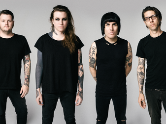 Against Me! - Interview with Laura Jane Grace