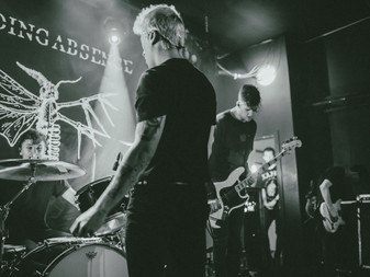 Holding Absence w/ Luke Rainsford & The Nightmares | The Globe, Cardiff | Live Review